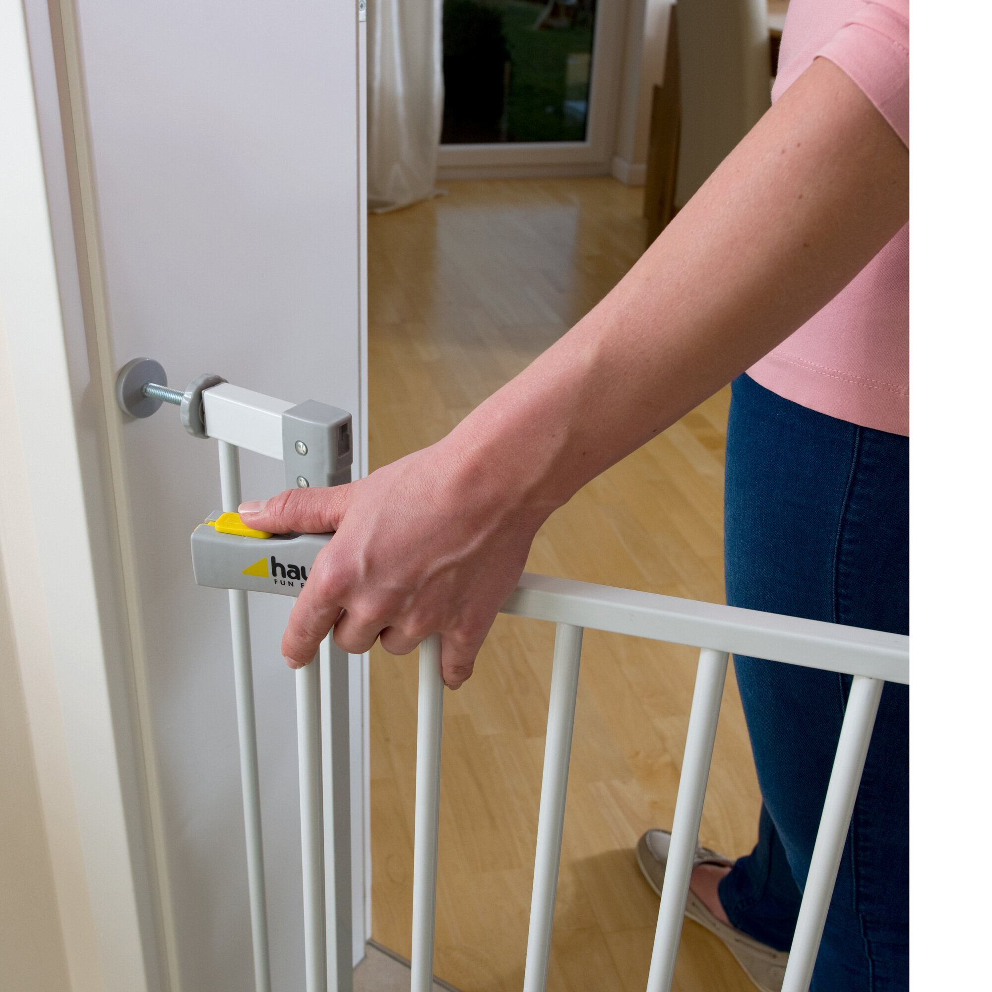 hauck-kinderschutzgitter-squeeze-handle-safety-gate-
