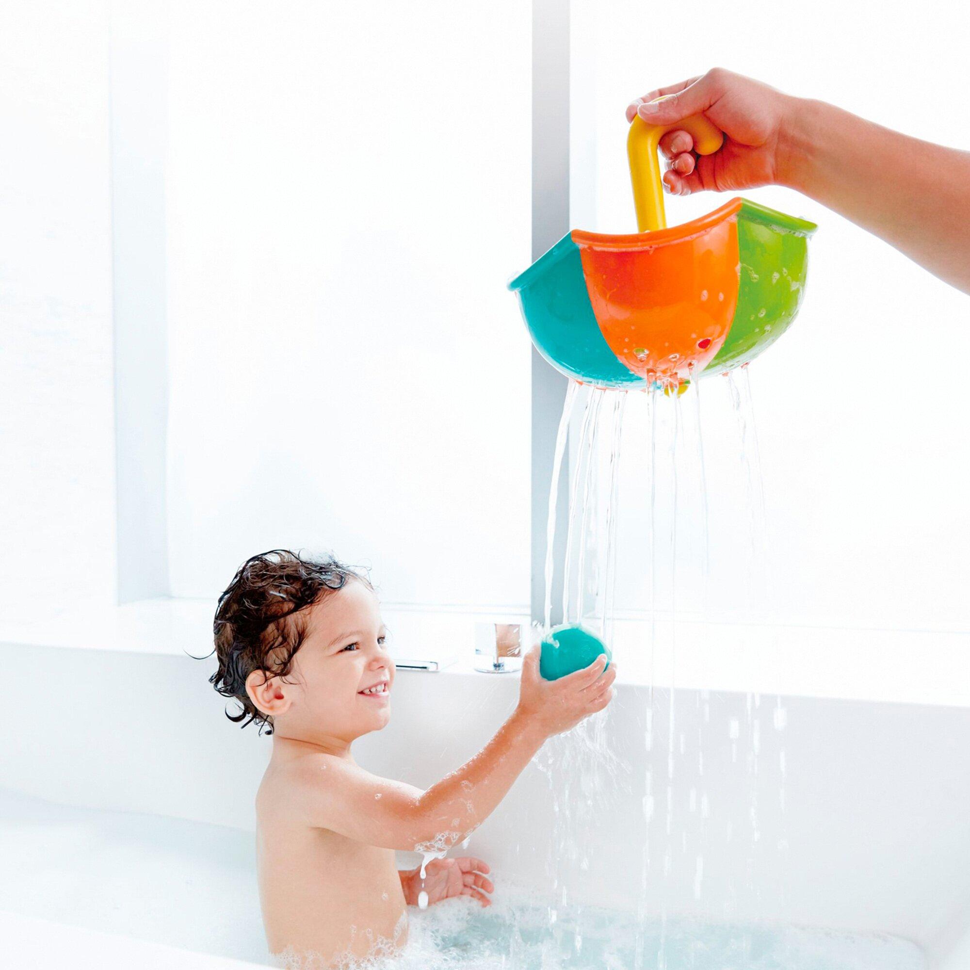 hape-badespielzeug-buntes-regenschirm-set