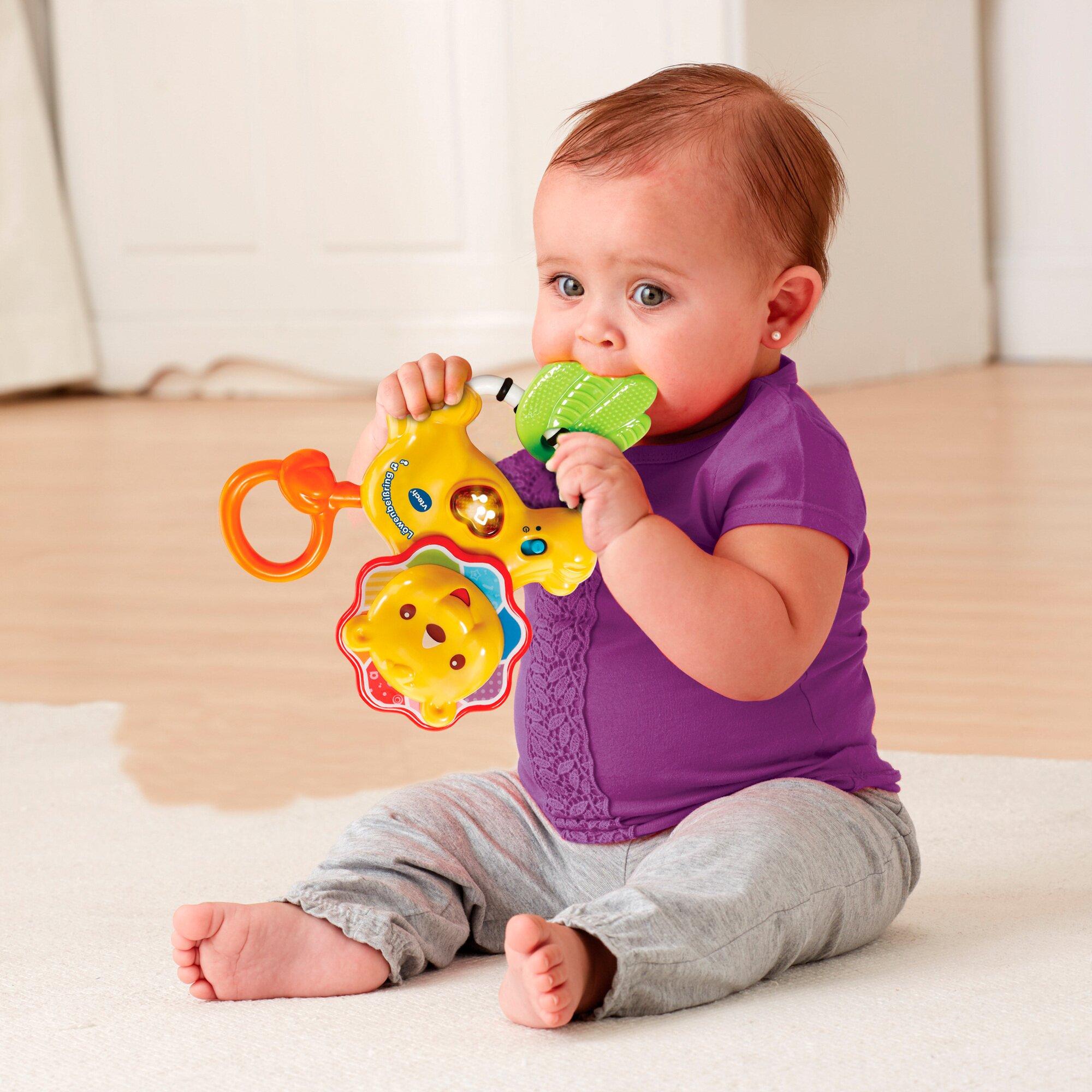 baby-rassel-lowenbei-ring