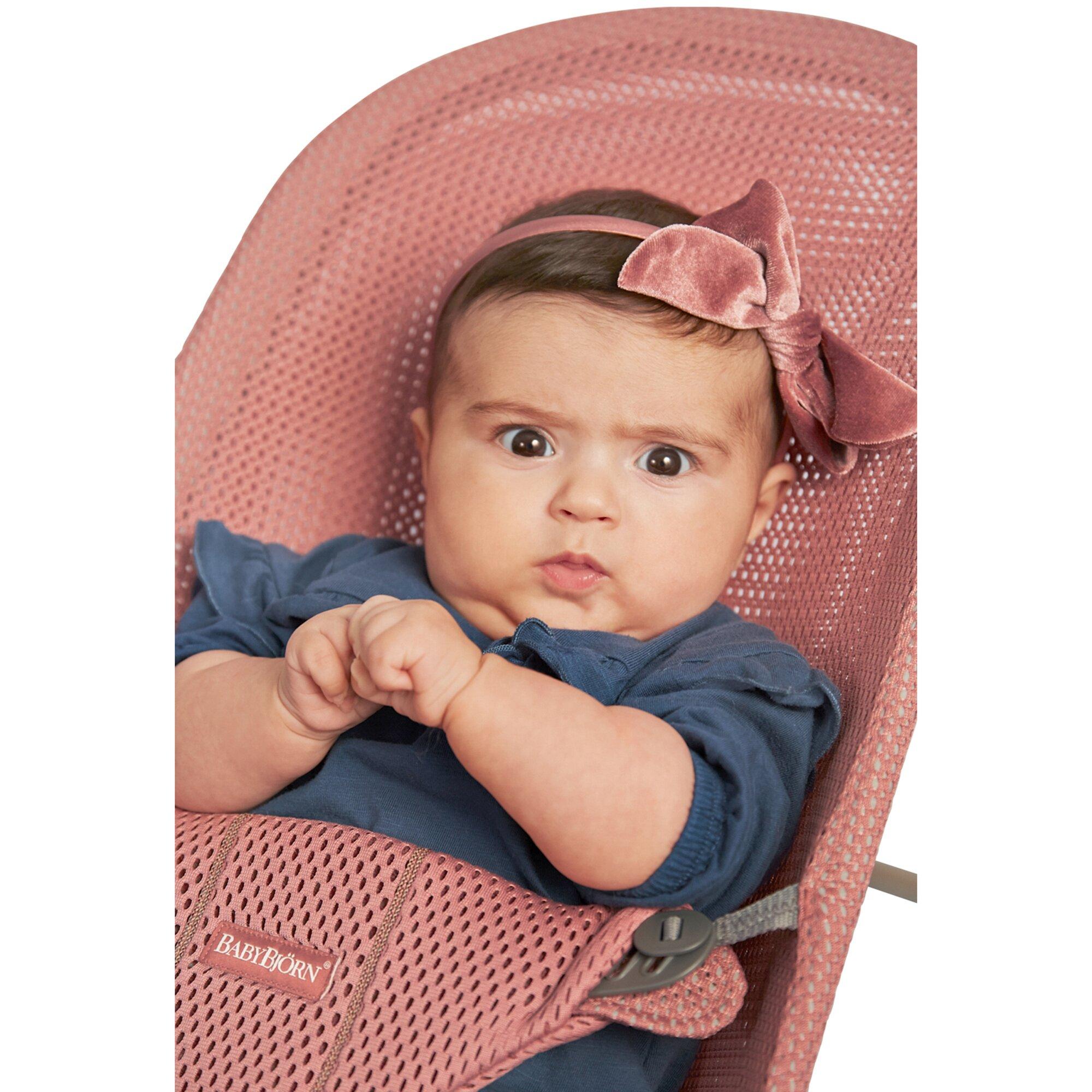 babybjorn-babywippe-bliss-mesh