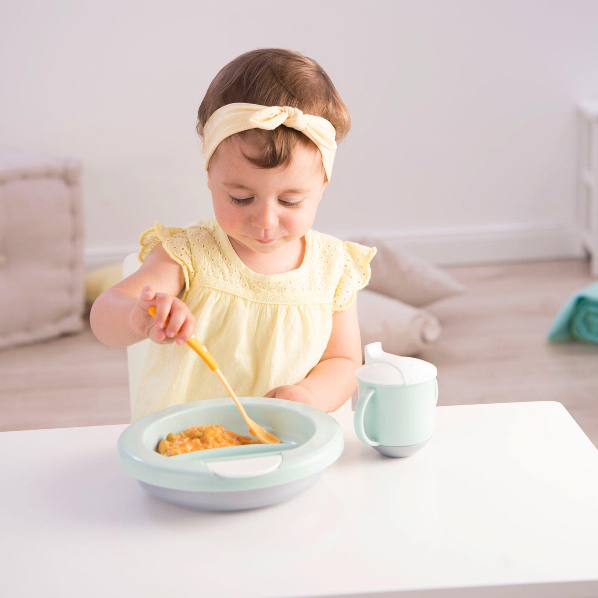 rotho-babydesign-trinklernbecher-mit-schnabel-modern-feeding