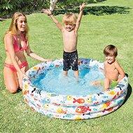 La piscine gonflable à 3 anneaux de INTEX