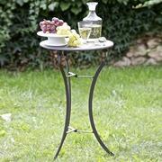 Tisch Courbevoie aus Eisen