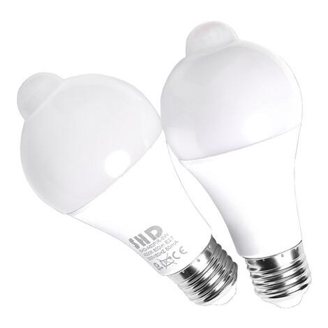 led lampen mit zwei bewegunssensoren schalten