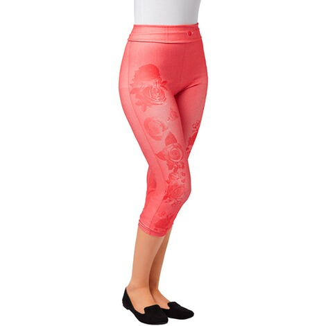 Slim fit capri legging  hibiscus 2